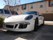 2015 Porsche 911 GTS Carrera